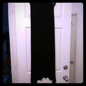 Long black maxi skirt